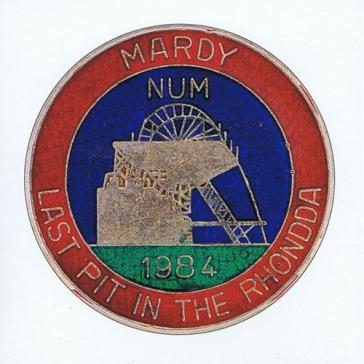 Mardy NUM badge card
